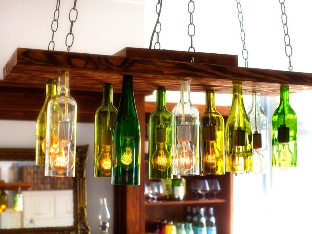 wine-bottle-crafts-ideas-homesthetics-2-1024x768[1]