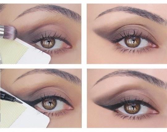 Ne znate narediti najlepšega 'mačjega očesa'? Uporabite kreditno kartico za odlično ravno črto.