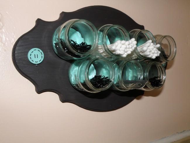 Ne zavrzite starih steklenih kozarčkov za otroško hrano. Namesto tega jih lahko praktično uporabite.