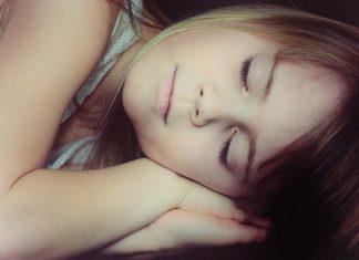 Child Girl Face Blond Sleep  - Pezibear / Pixabay