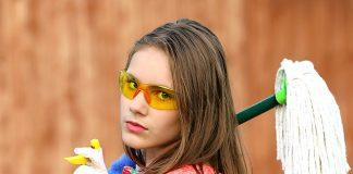 Girl Glasses Mop Cleaning Clean  - klimkin / Pixabay