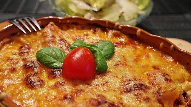 Lasagna Noodles Cheese Tomatoes  - RitaE / Pixabay